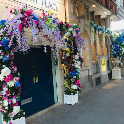 Shops decorated in Chelsea